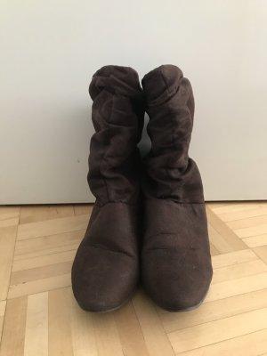 Braune Stiefeletten