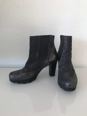 Braune Stiefeletten von Paul Green
