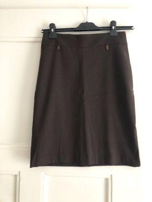 Falda de tubo marrón-negro