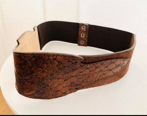 Brauner Ledergürtel / echtes Leder mit Krokooptik/ Glanzleder
