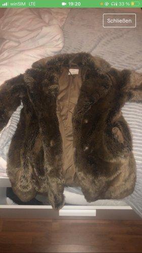 Bershka Abrigo de piel marrón
