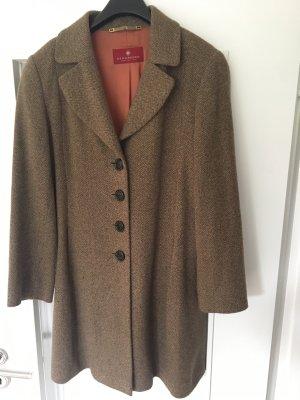 Brauner Mantel mit Seide in 38