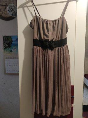 Bodyflirt Sukienka o kroju litery A szaro-brązowy