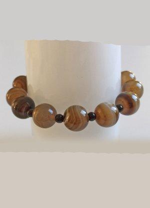 braunes Armband mit Achatperlen, 20 cm lang