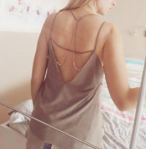 Braunes Top mit Rückenausschnitt