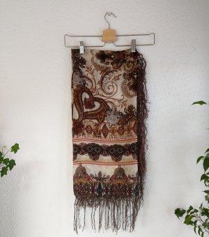 Braunes Tuch mit wunderschönem Muster