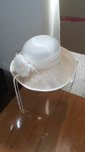 Traditional Hat natural white