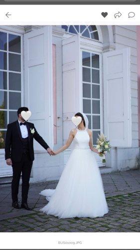 Pronovias Wedding Dress white
