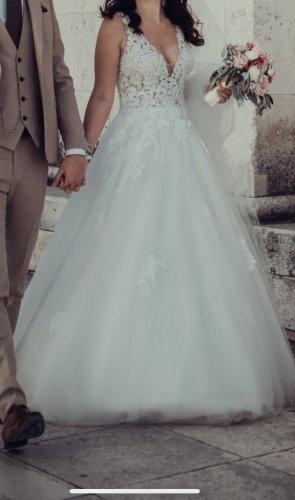 Brautkleid A Linie ivory getragen
