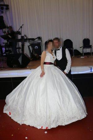 white rose Duisburg Abito da sposa bianco