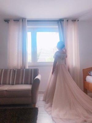 Suknia ślubna stary róż-w kolorze białej wełny