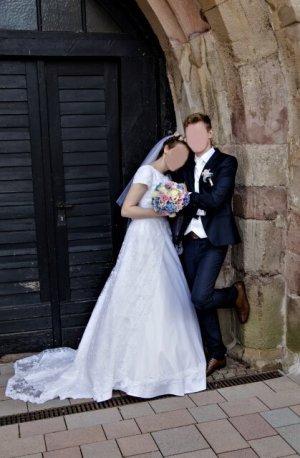 Suknia ślubna biały-jasnobeżowy