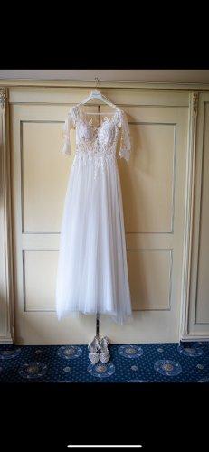 Pronovias Suknia ślubna biały