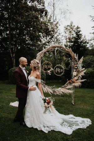 Suknia ślubna biały-stary róż Tkanina z mieszanych włókien