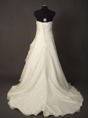 Lily White Vestido de novia blanco-crema