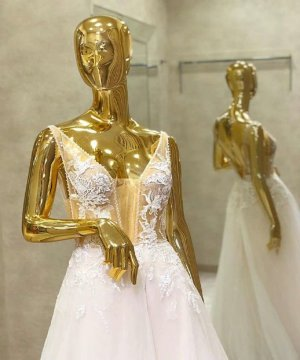 Brautkleid Hochzeitskleid ivory sexy Dekolette & Rücken, schöne Spitze mit Glitzer, Softtüll Gr. 38 NEU mit Etikett SALE/OUTLET