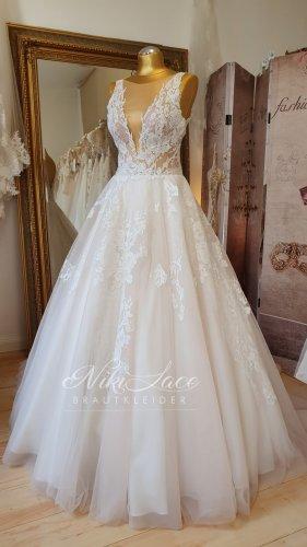 Brautkleid Hochzeitskleid light blush Gr. 38 A-Linie -Traum aus Spitze SALE/OUTLET mit Etikett