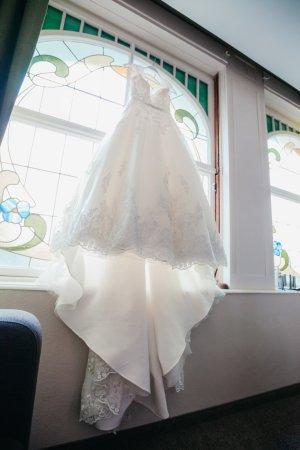 Brautkleid Hochzeitskleid Madeline Gardner New York ivory Größe 36 S