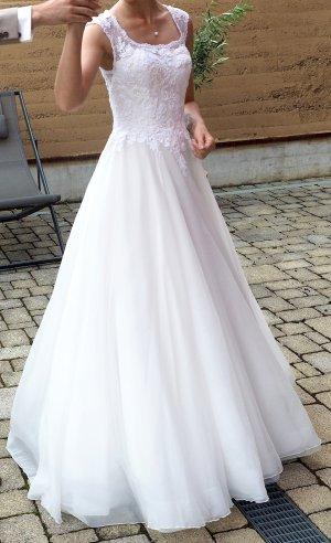 Brautkleid | Hochzeitskleid | Pronovias Barcelona | Gr. 32 | Ivory | 2018
