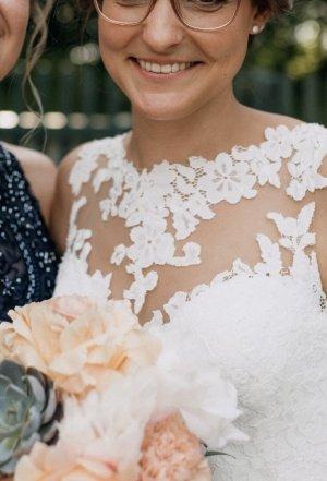 Brautkleid Hochzeitskleid WhiteOne