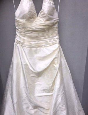Brautkleid in Creme von Unique