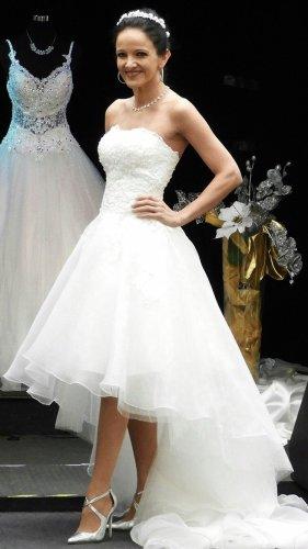 Isabel de Mestre Suknia ślubna w kolorze białej wełny