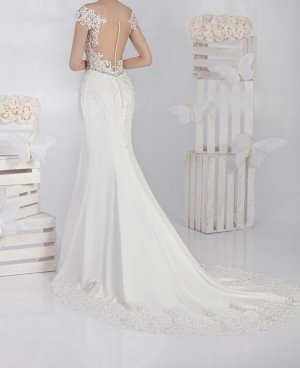 Brautkleid  Ivory Jarice Skyline Fit and Flare 36