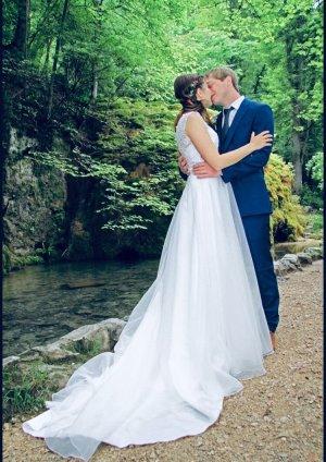 Brautkleid Ivory mit wunderschöner Spitze