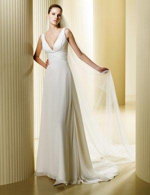 Robe de mariée beige clair