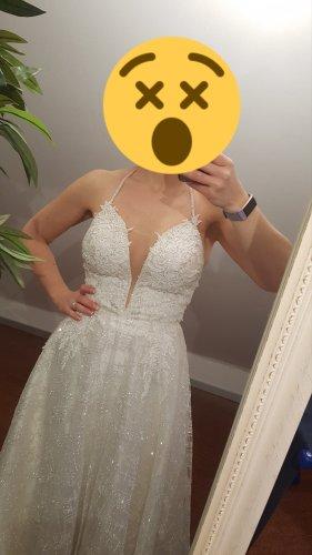 Brautkleid mit viel Glitzer