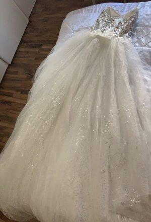 8 Wedding Dress white