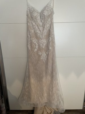 / Suknia ślubna biały-kremowy