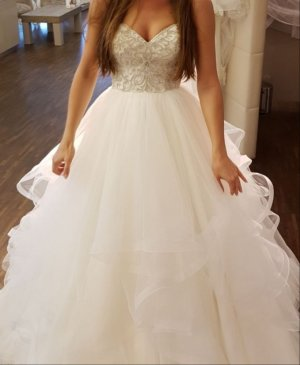 Vestido de novia color plata