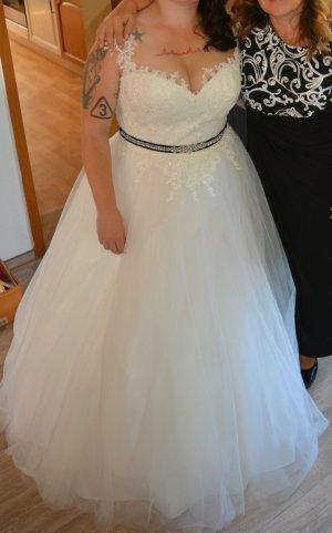 Brautkleid PrinzessinenTraum 48