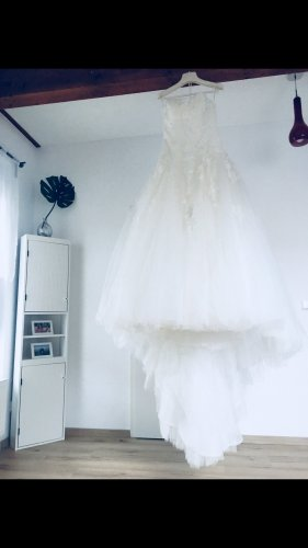 Pronovias Empire Dress white-natural white