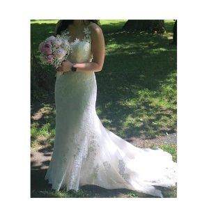 Brautkleid Spitze von Pronovias St. Patrick mit Schleppe ❤️