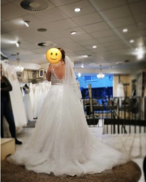 Brautkleid ungetragen!