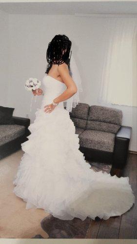 Brautkleid von Pronovias San Patrick