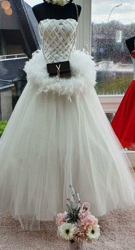 Brautkleider günstiger abzugeben