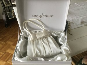 Bolso de mano blanco puro tejido mezclado