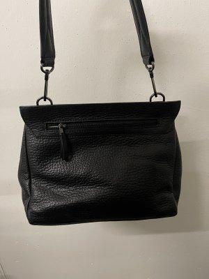 Bree Handtasche in schwarz
