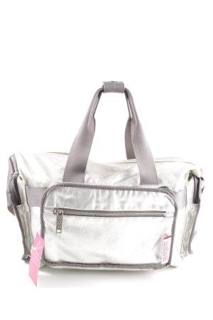 Bree Bolsa de gimnasio color plata look casual