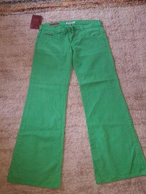 Breit geschnittene Schlaghose Guess Jeans