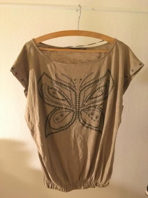 Breite T- Shirt