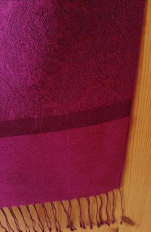 breiter Fransenschal / Stola aus Wolle mit Seide in dunklem Pink / Fuchsia
