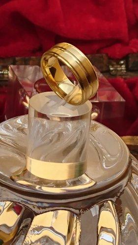 Breiter Ring 8 mm E -Stahl vergoldet Gr.19