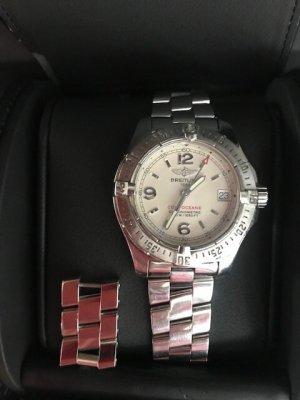 Montre avec bracelet métallique argenté métal