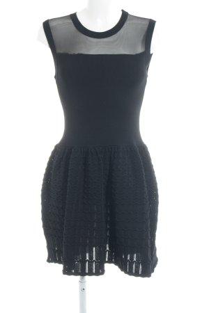 Brigitte Bardot vestido de globo negro Mezcla de patrones estilo «business»