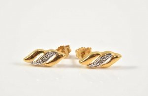 Brillanten 333er/ 8kt Gold Ohrstecker 2 Diamanten