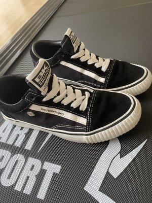 Britisch Knights Sneakers